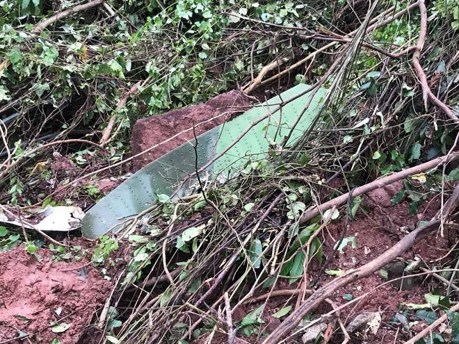 Biết máy bay rơi, chúng tôi vào tìm cứu người nhưng không còn thấy ai - Ảnh 7.