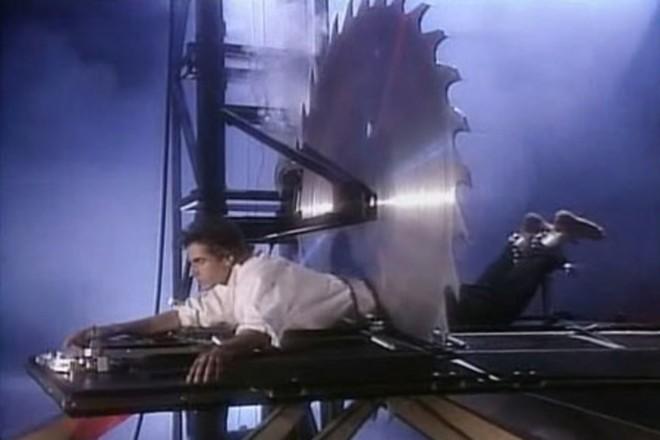 Bí mật đằng sau những màn trình diễn ảo thuật nổi tiếng thế giới, có cả David Copperfield - Ảnh 10.