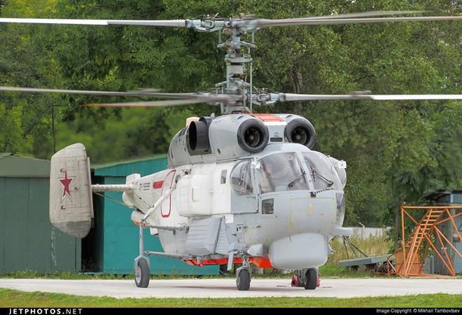 """Sức mạnh trực thăng săn ngầm """"ốc sên"""" Ka-27 - Ảnh 10."""