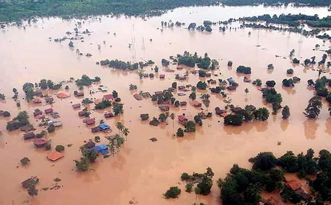 Nước lũ do vỡ đập ở Lào tràn xuống Campuchia, hàng nghìn người phải sơ tán