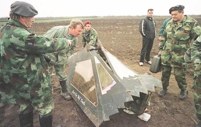 Khiến các quốc gia khác phải mơ ước, vì sao chim ưng đêm F-117 vẫn bị Mỹ khai tử? - Ảnh 3.