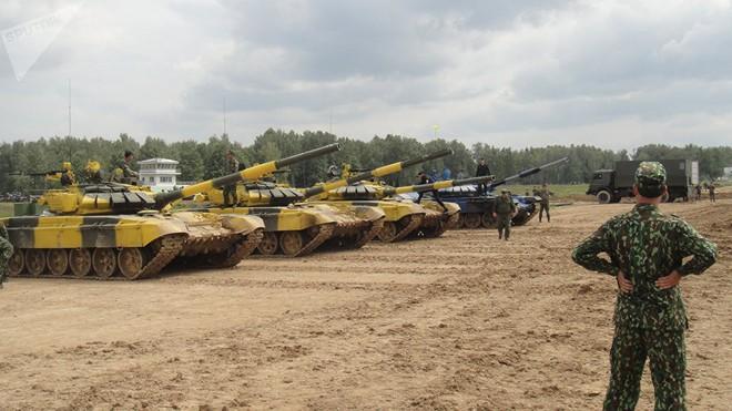 Báo Nga: Mọi người đều hâm mộ lính tăng Việt Nam can đảm tham gia Tank Biathlon - Ảnh 2.
