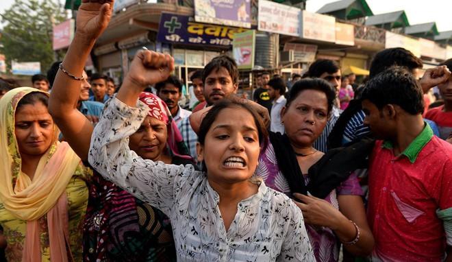 Ấn Độ: Cha mẹ vật lộn tìm cách bảo vệ con và câu hỏi nhói lòng khó giải đáp Mẹ ơi, hãm hiếp là gì? - Ảnh 3.