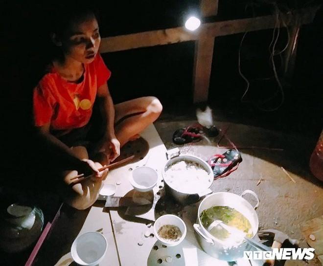Ảnh: Cảnh hoang tàn tại nơi ở của người Việt sau thảm hoạ vỡ đập thuỷ điện ở Lào - Ảnh 8.