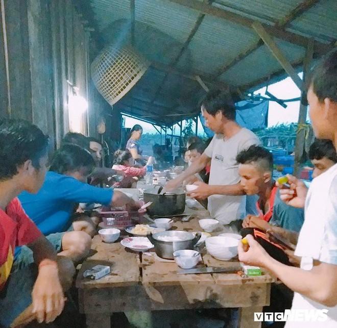 Ảnh: Cảnh hoang tàn tại nơi ở của người Việt sau thảm hoạ vỡ đập thuỷ điện ở Lào - Ảnh 9.