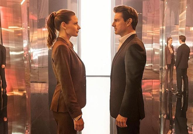 Bắt lỗi Tom Cruise và sạn khó chấp nhận trong bom tấn Nhiệm vụ bất khả thi 6 - Ảnh 7.