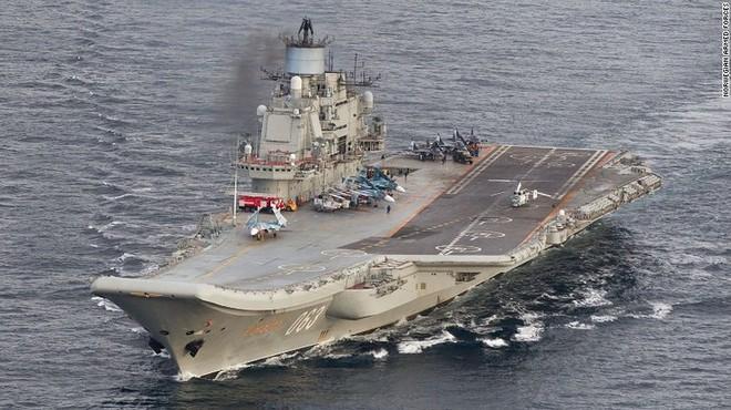 Giữa 40 tàu chiến Nga tham gia duyệt binh, có một ngôi sao - Ảnh 6.