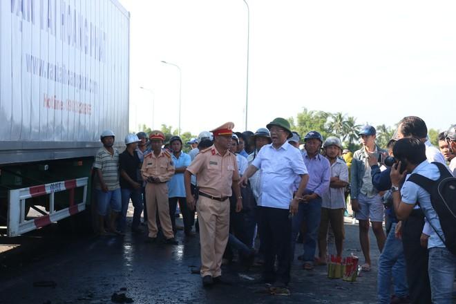 Phó Thủ tướng Trương Hòa Bình chỉ đạo khẩn vụ tai nạn xe rước dâu khiến 13 người tử vong - Ảnh 3.