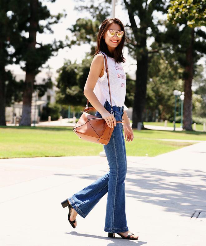 4 mẫu jeans hot nhất mạng xã hội hè này hóa ra đều rất quen thuộc và diện mãi mà chẳng hề lỗi mốt - Ảnh 10.