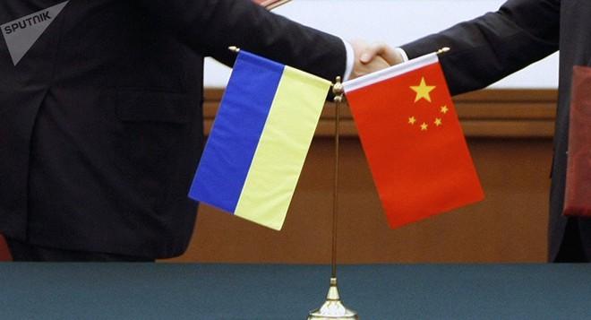 Dòm ngó hành lang hoàn hảo Ukraine, Trung Quốc mạnh tay trút tiền vô điều kiện - Ảnh 1.