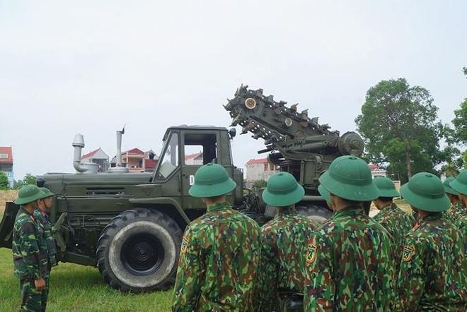 Mục kích lính công binh huấn luyện chống khủng bố - Ảnh 15.
