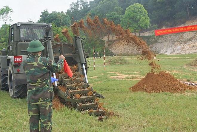 Mục kích lính công binh huấn luyện chống khủng bố - Ảnh 16.