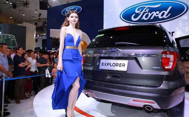 Hàng loạt đơn hàng ô tô nhập khẩu bị hủy