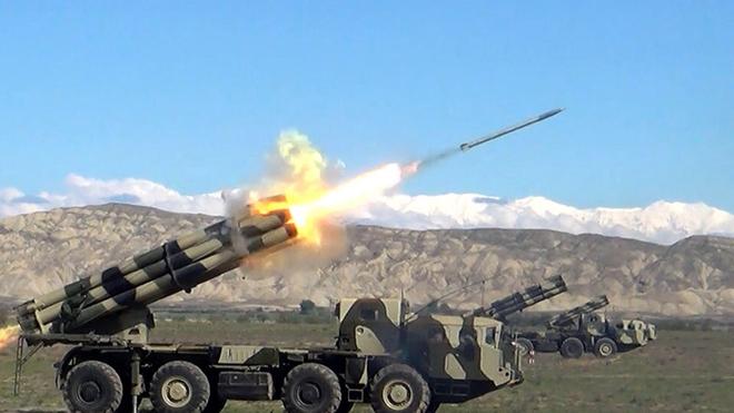 Ngạc nhiên: Pháo phản lực phóng loạt cũng bắn được đạn dưới cỡ như pháo tăng - Ảnh 3.