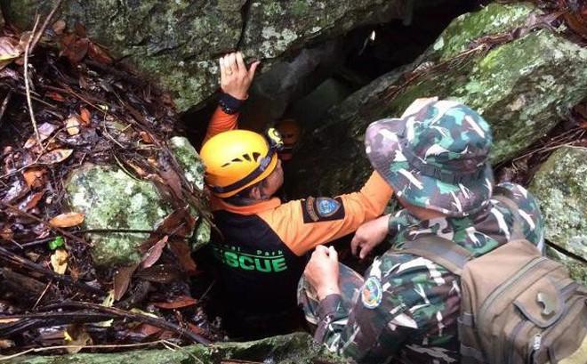 Phát hiện lối thoát mới có thể ra khỏi hang Tham Luang: Đội bóng Thái Lan sắp được giải cứu?