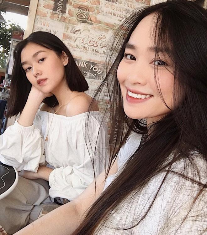 Sau kì thi THPT, hotgirl trường Phan Đình Phùng khoe ảnh đi chơi châu Âu cực đẹp - Ảnh 3.