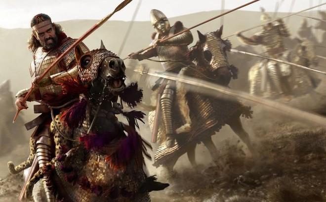 Giải mã sức mạnh về vũ khí đâm xuyên 2 chiến binh mặc giáp của kỵ binh Cataphract