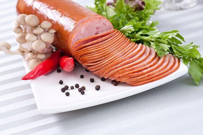 Những loại thực phẩm ăn càng nhiều càng hại nên tránh xa - Ảnh 1.