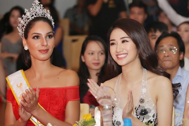 Hoa hậu Thu Ngân tái xuất với vóc dáng mảnh mai, gợi cảm sau gần 1 năm sinh con - Ảnh 10.