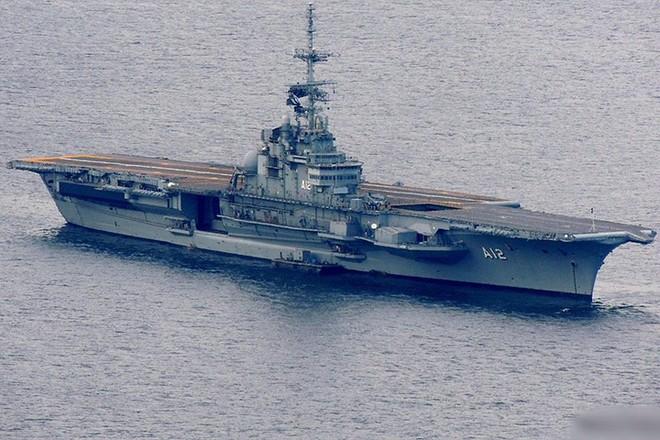 Hình ảnh tàu sân bay duy nhất của hải quân Brazil và châu Mỹ Latin - Ảnh 2.