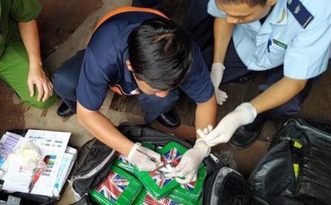 Khởi tố vụ phát hiện 100 bánh cocain trong container phế liệu công ty Pomina 2