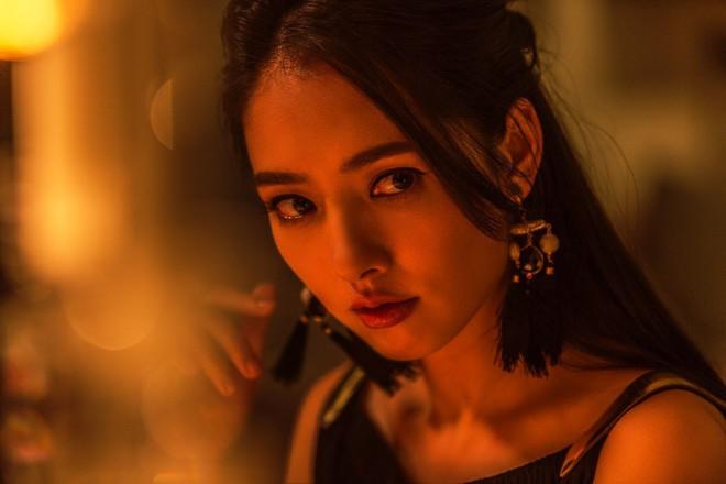 So sánh 5 cô bạn gái của Phùng Thiệu Phong: Người bị chê EQ thấp, kẻ lộ ảnh nóng thuở chập chững vào nghề - Ảnh 16.