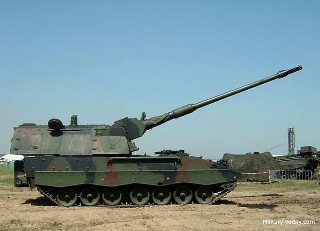 """Soi sức mạnh đáng gờm của """"hoàng đế pháo binh"""" PzH-2000 - Ảnh 4."""