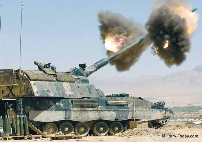 """Soi sức mạnh đáng gờm của """"hoàng đế pháo binh"""" PzH-2000 - Ảnh 5."""