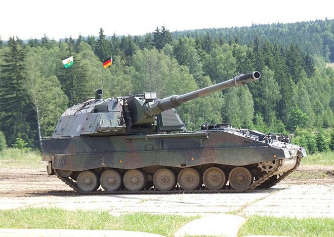 """Soi sức mạnh đáng gờm của """"hoàng đế pháo binh"""" PzH-2000 - Ảnh 9."""