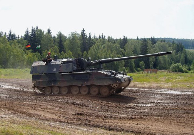 """Soi sức mạnh đáng gờm của """"hoàng đế pháo binh"""" PzH-2000 - Ảnh 10."""