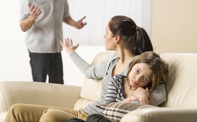 Có mẹ là 1 trong 3 kiểu người dưới đây, đừng hỏi vì sao con cái không thể trở nên ưu tú