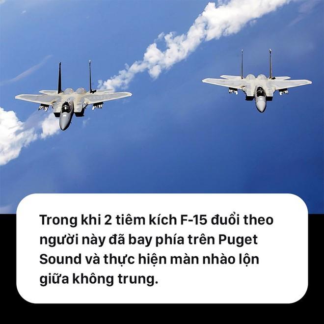 Toàn cảnh vụ cướp máy bay kịch tính, nhào lộn cùng F-15 rồi... tự sát ở Mỹ - Ảnh 2.