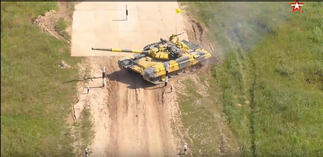 Đại tá Nguyễn Khắc Nguyệt: Không phải thứ hạng cao, đây mới là những điều quý nhất VN thu được tại Tank Biathlon 2018 - Ảnh 3.