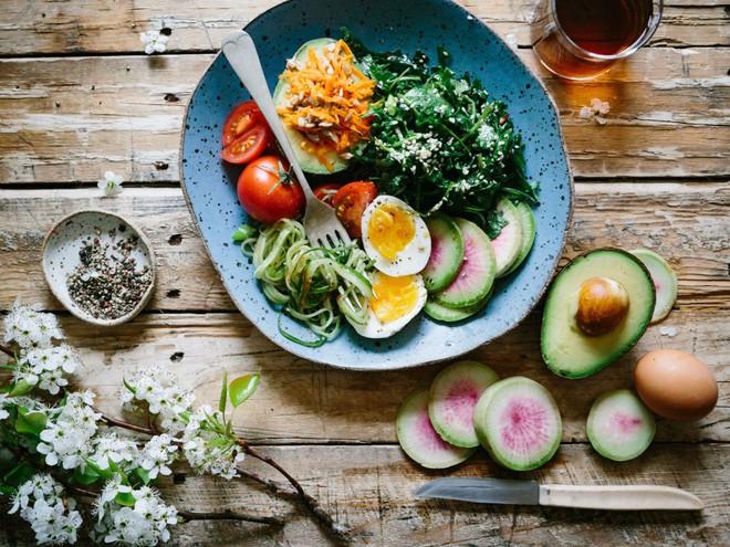 Nếu bạn đang có ý định bỏ ăn thịt thì hãy tham khảo chia sẻ của một nữ biên tập viên này - Ảnh 4.