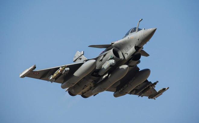 Vì sao TT Donald Trump đưa chiến đấu cơ Rafale của Pháp vào tầm ngắm?