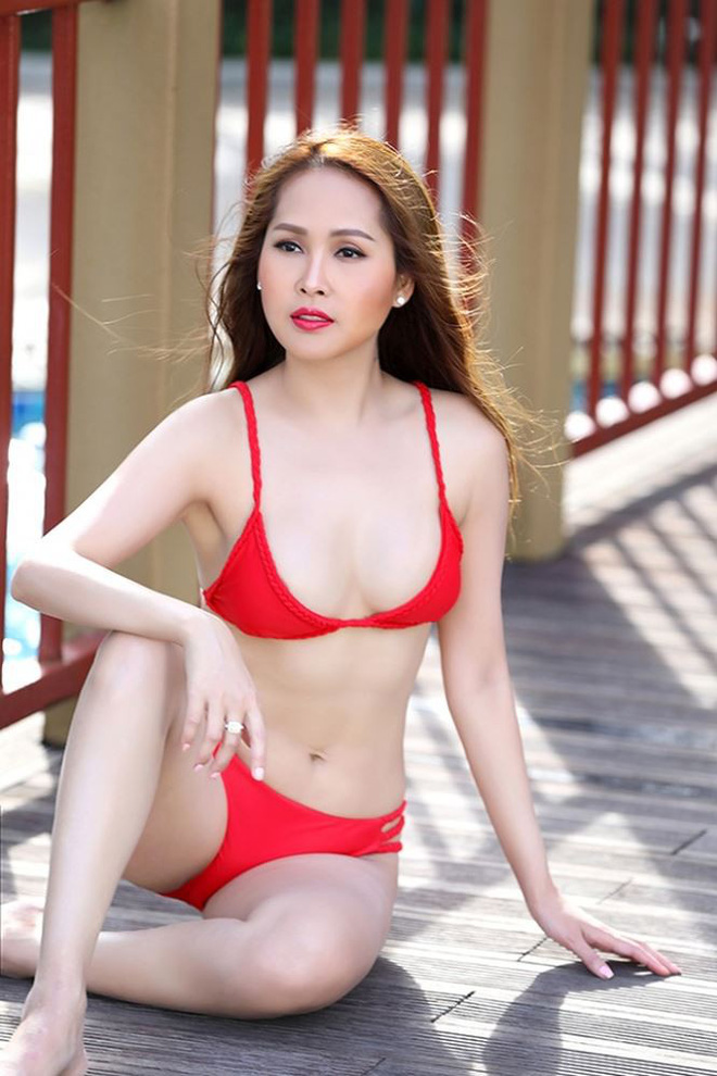Gái nhảy Minh Thư tái xuất khoe body nóng bỏng với bikini   - Ảnh 1.