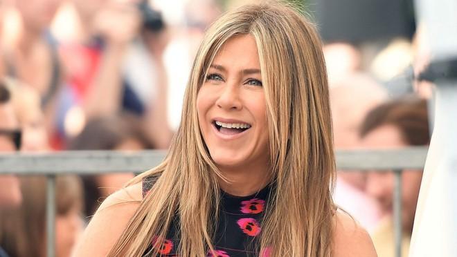 Jennifer Aniston hả hê trước tranh chấp ly hôn Angelina Jolie – Brad Pitt? - Ảnh 2.