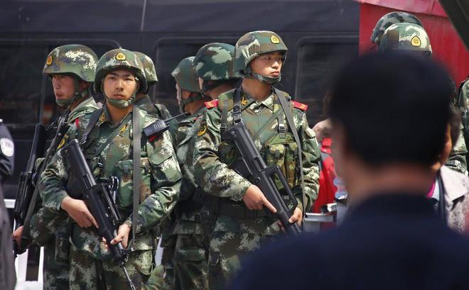 """Bị chỉ trích bí mật giam giữ 1 triệu người ở Tân Cương, TQ đổ lỗi cho """"thế lực bài Hoa"""""""