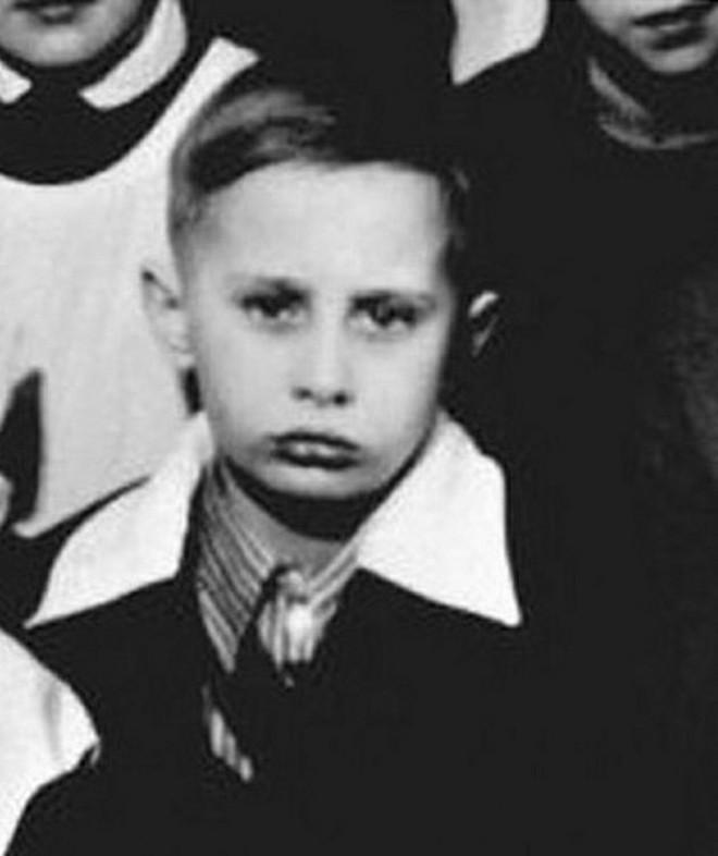 Giáo viên cũ tiết lộ tính cách tinh nghịch, hiếu động từng khiến TT Putin xơi ngỗng - Ảnh 4.