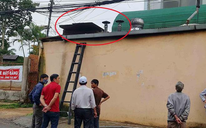 Phát hiện 2 vợ chồng tử vong cạnh thùng nước trên sân thượng