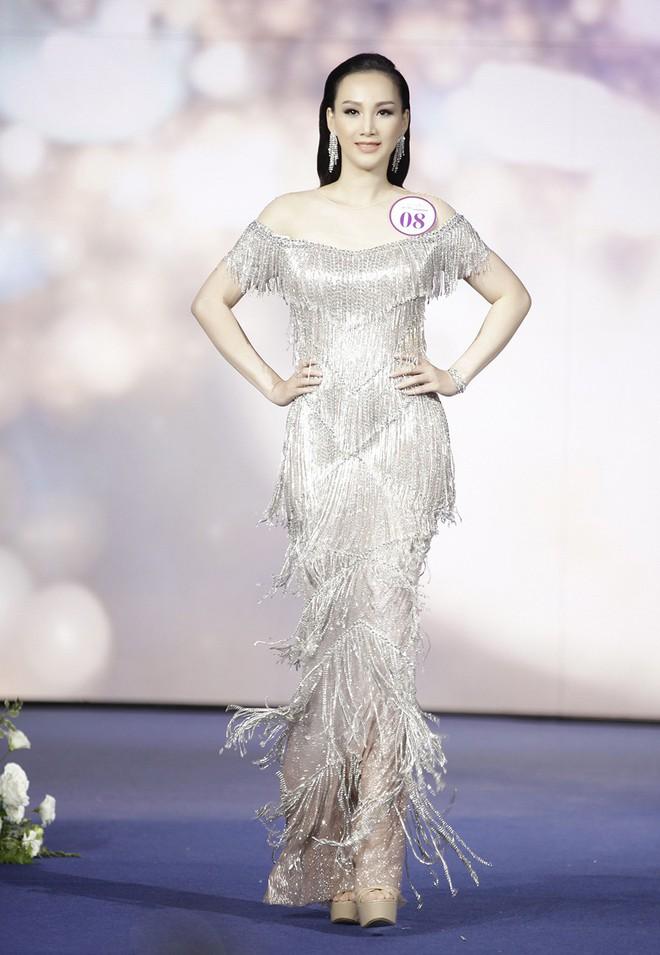 Giáng My, Nguyên Vũ trao vương miện cho cựu người mẫu 20 năm rời xa showbiz - Ảnh 5.
