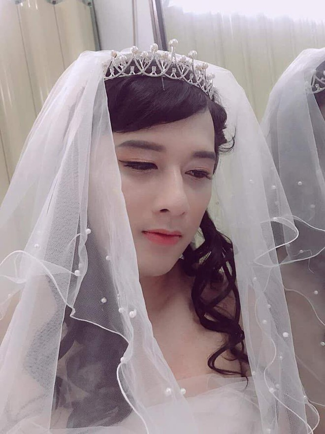 Không có tiền mời mẫu make up, cô gái hô biến chồng thành hot girl xinh đẹp - Ảnh 3.
