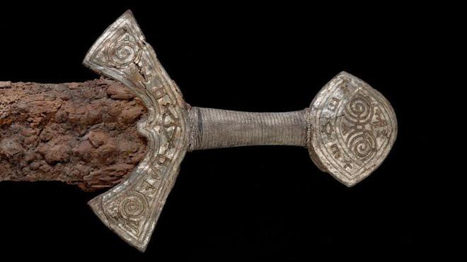 Tiết lộ bí mật thứ vũ khí đi trước thời đại hơn 800 năm của chiến binh Viking - Ảnh 2.