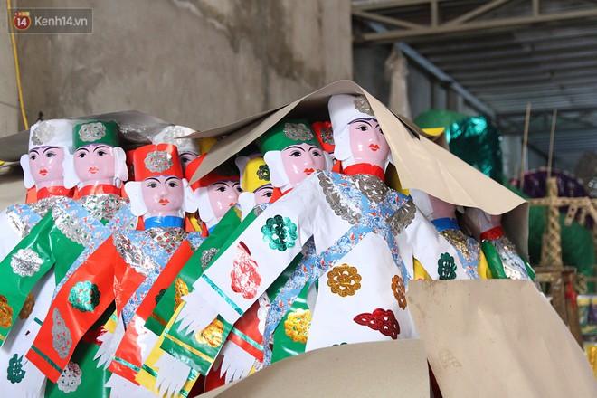 Thủ phủ vàng mã lớn nhất Hà Nội bán cô dâu, chú rể và cả osin cao cấp để đốt cho người cõi âm - Ảnh 17.
