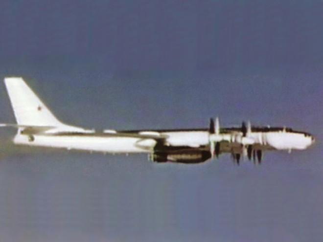 Sứ mệnh tự sát của Anh hùng Liên Xô: Thả bom H mạnh nhất lịch sử, chỉ có 50% cơ hội sống - Ảnh 3.
