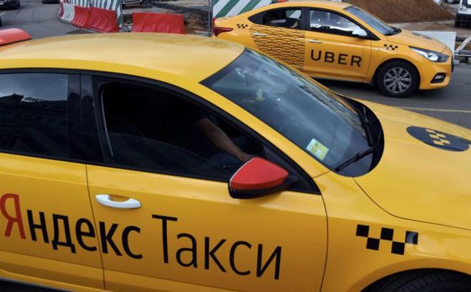 """Ứng dụng taxi Nga dậy """"sóng gió"""" láng giềng NATO"""