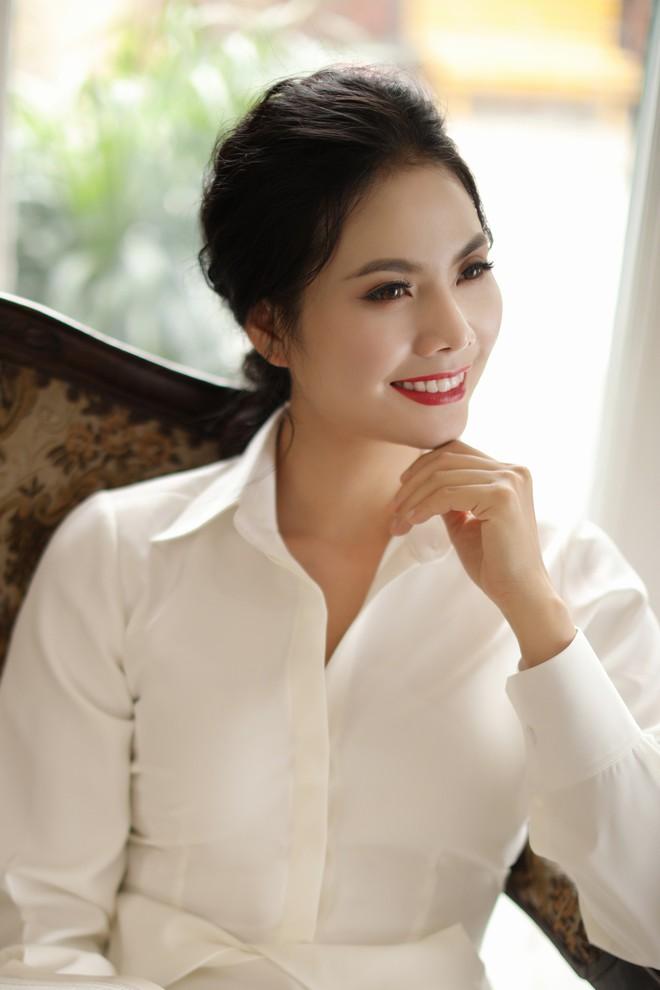 Sao Mai Lương Nguyệt Anh xinh đẹp trong bộ ảnh mới - Ảnh 9.