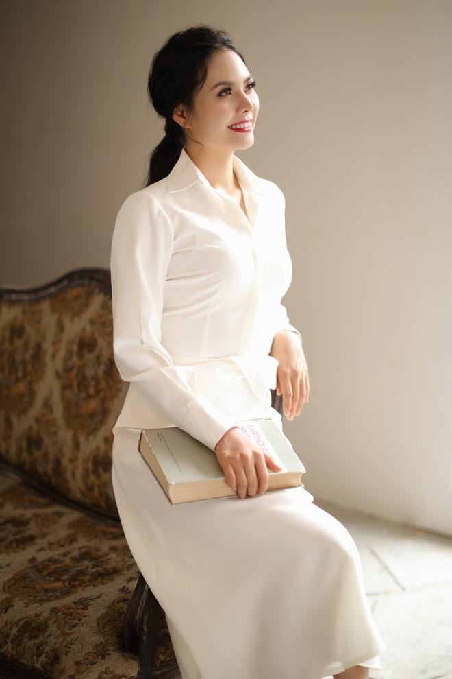 Sao Mai Lương Nguyệt Anh xinh đẹp trong bộ ảnh mới - Ảnh 8.