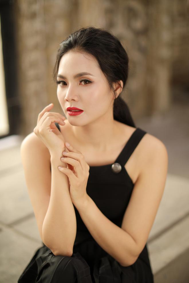 Sao Mai Lương Nguyệt Anh xinh đẹp trong bộ ảnh mới - Ảnh 2.
