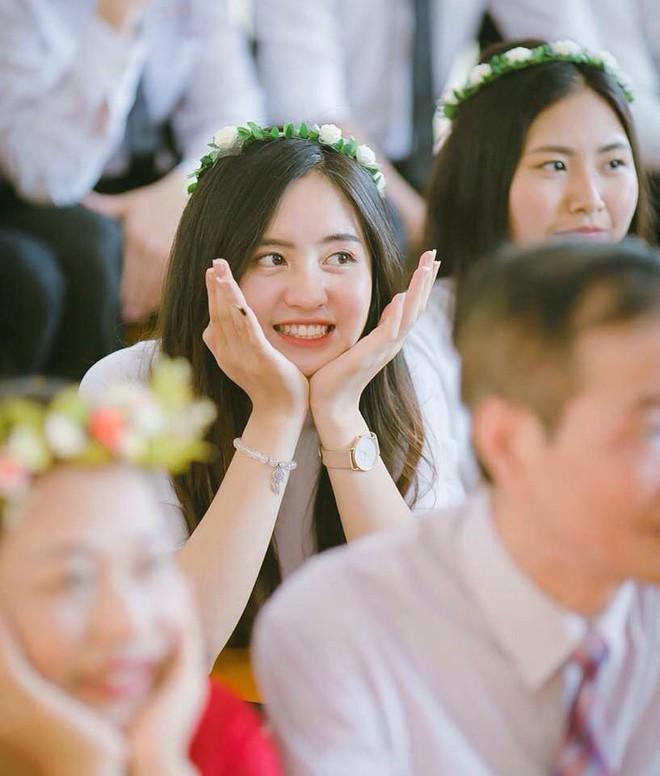 Mùa nhập học - mùa rụng tim vì ngắm ảnh nữ sinh Việt tinh khôi trong tà áo dài - Ảnh 4.